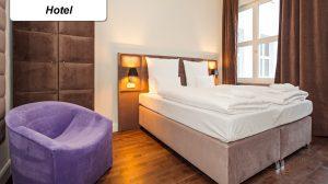 polsterbett in hotelzimmer